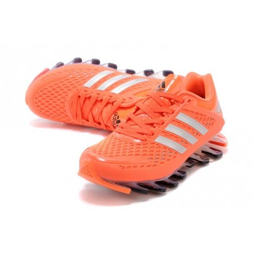 Tênis Adidas SpringBlade Razor Feminino Laranjado com Detalhes Prateado Cod 0398
