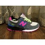 Tênis New Balance NB 999 Masculino e Feminino Cor Cinza Escuro com detalhes em Verde Azul e Rosa