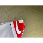 Tenis cano longo Nike modelo Sb zoom Blazer unissex cor vermelho com detalhes branco 1304-EL