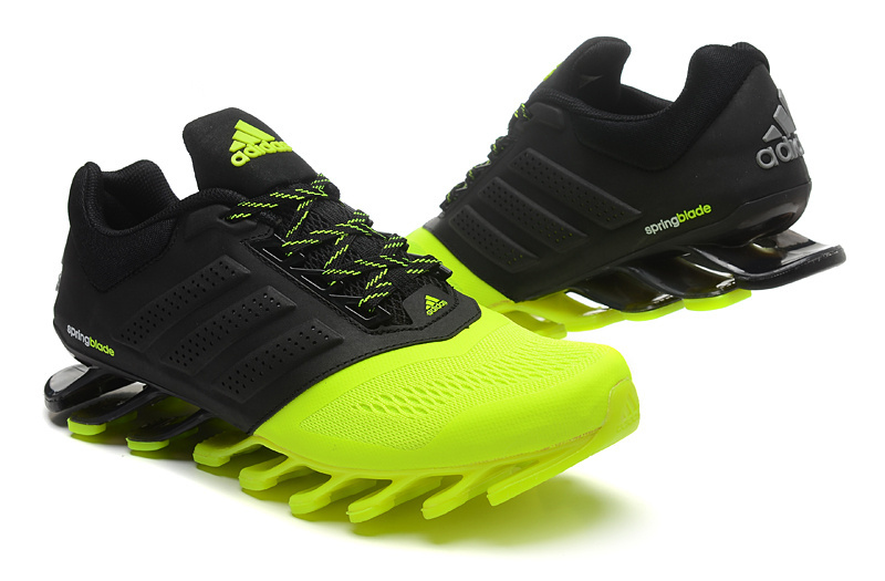 401c5de35f Tênis Adidas SpringBlade Drive 2.0 Masculino Cor Preto e Verde Claro Cod  0579
